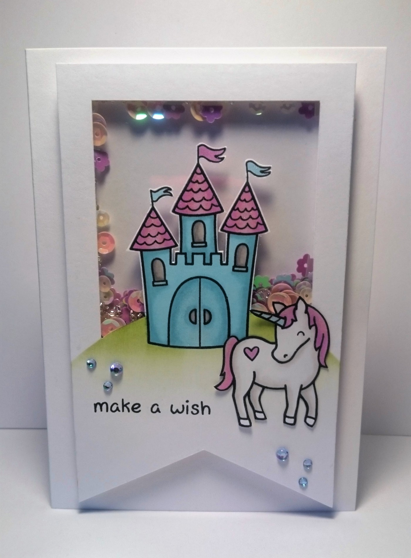 Lawn Fawn Critters Ever After shaker card