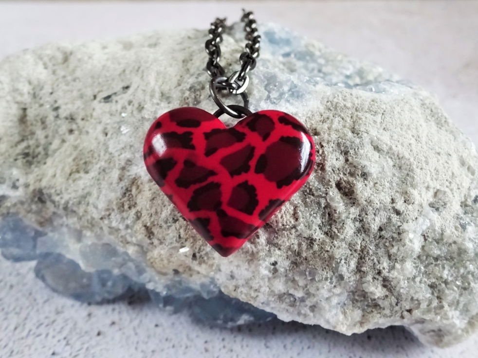 Leopard print heart necklace