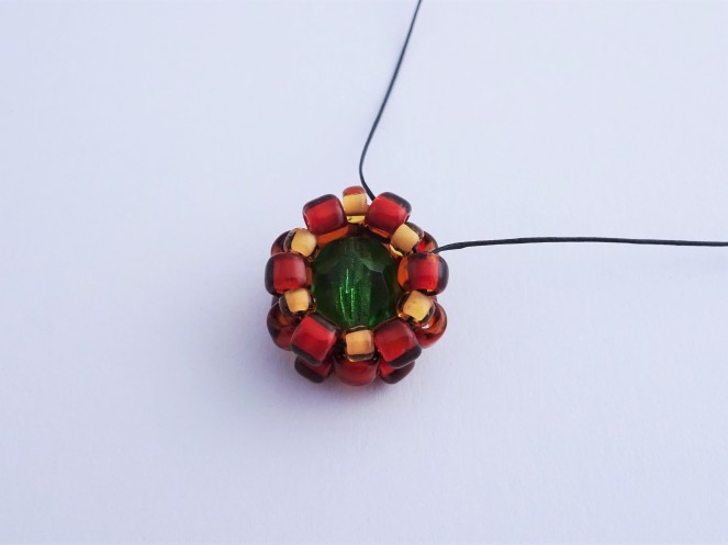 Beginner beadweaving earring tutorial easy beaded bezel