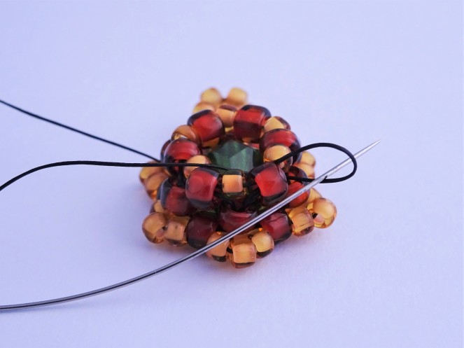How to knot beadweaving projects