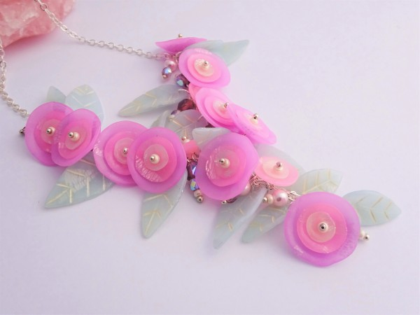 Translcent polymer clay and alcohol ink flower necklace tutorial / how to tint polymer clay with alcohol inks