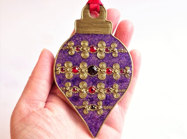 Hot fix crystals and liquid polymer clay Christmas ornament tutorial