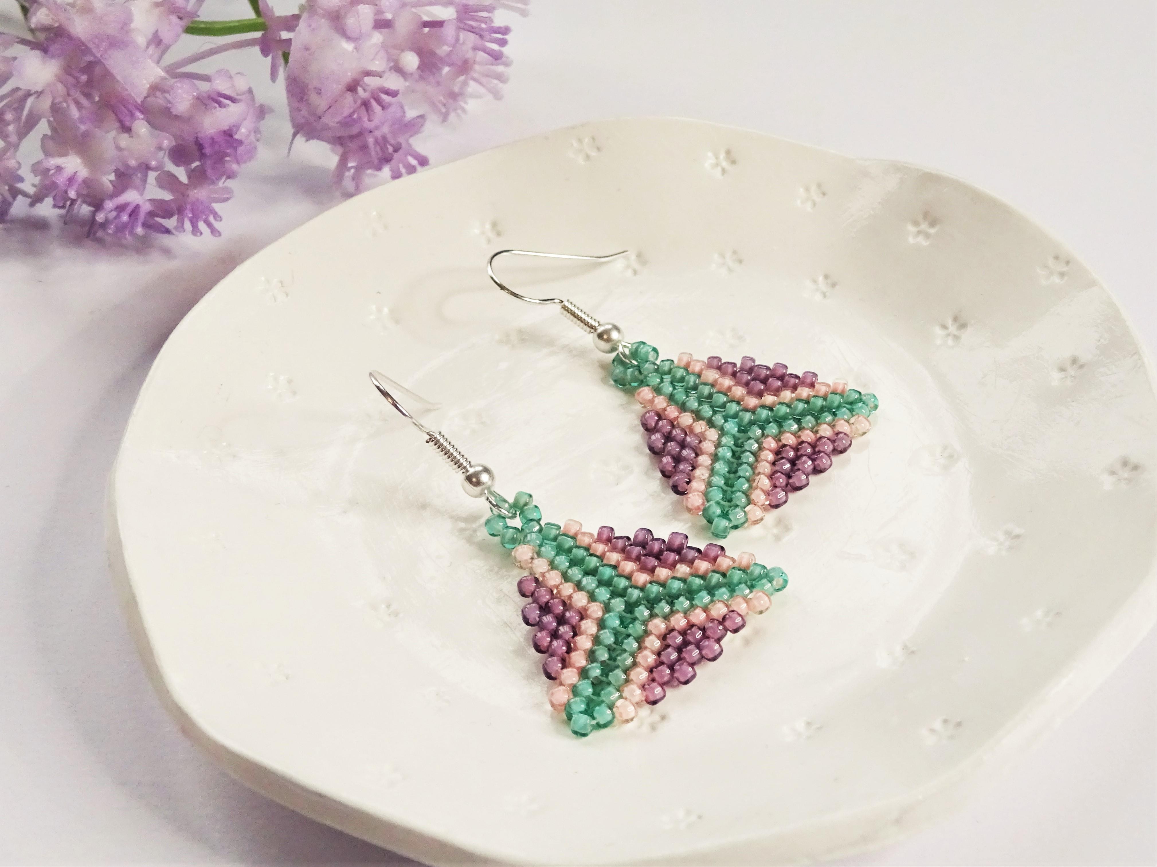 Peyote triangle bead weaving earring tutorial