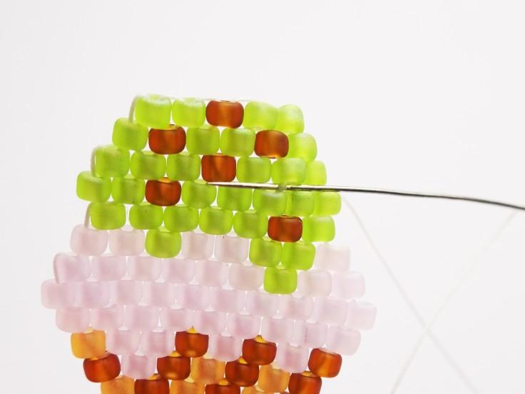 Easy-brick-stitch-ice-cream-cone-tutorial