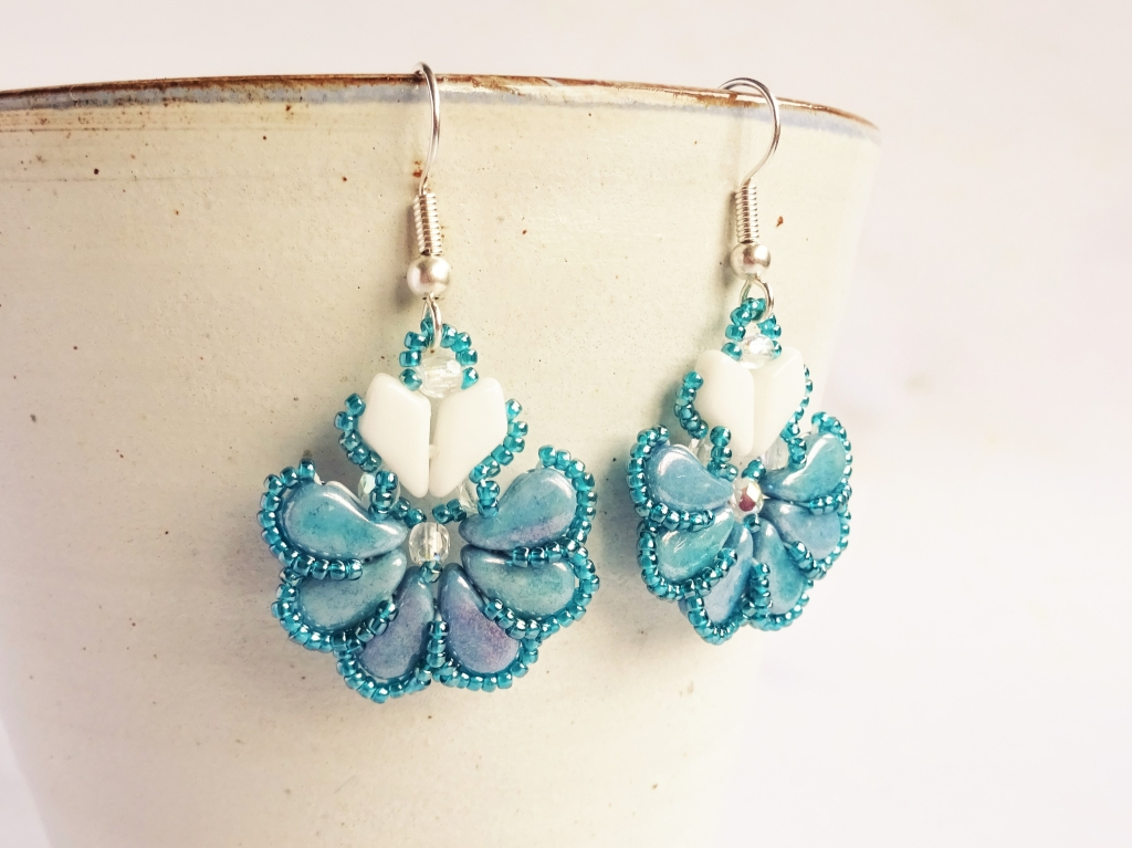 Paisley-duo-and-kite-bead-beadweaving-pattern-the-artisan-duck